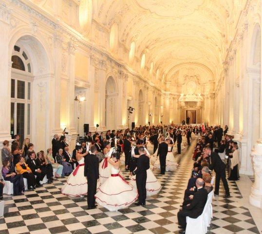Come partecipare Gran Ballo Venaria Reale 2015
