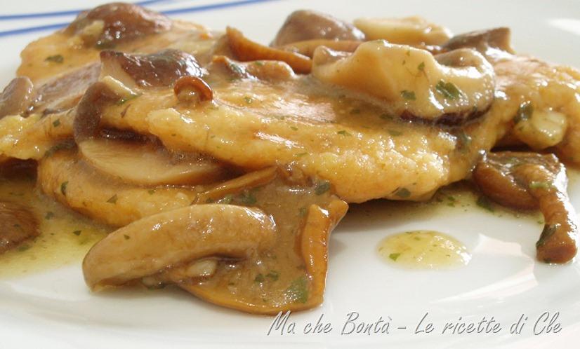 Ricette: pollo con salsa ai funghi