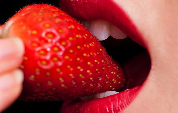 giochi sessuali con cibo come si diventa prostituta