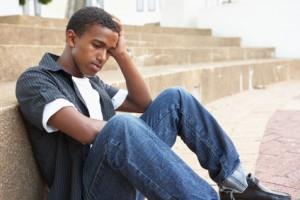 Che cos'è che angustia i nostri figli adolescenti?