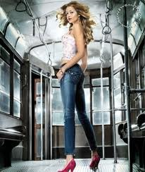 Modelli Fornarina jeans