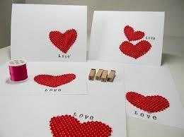 Prova a esprimere il tuo amore per il partner provando a creare tu stessa  dei regali per lui. Ecco alcune idee San Valentino fai da te.