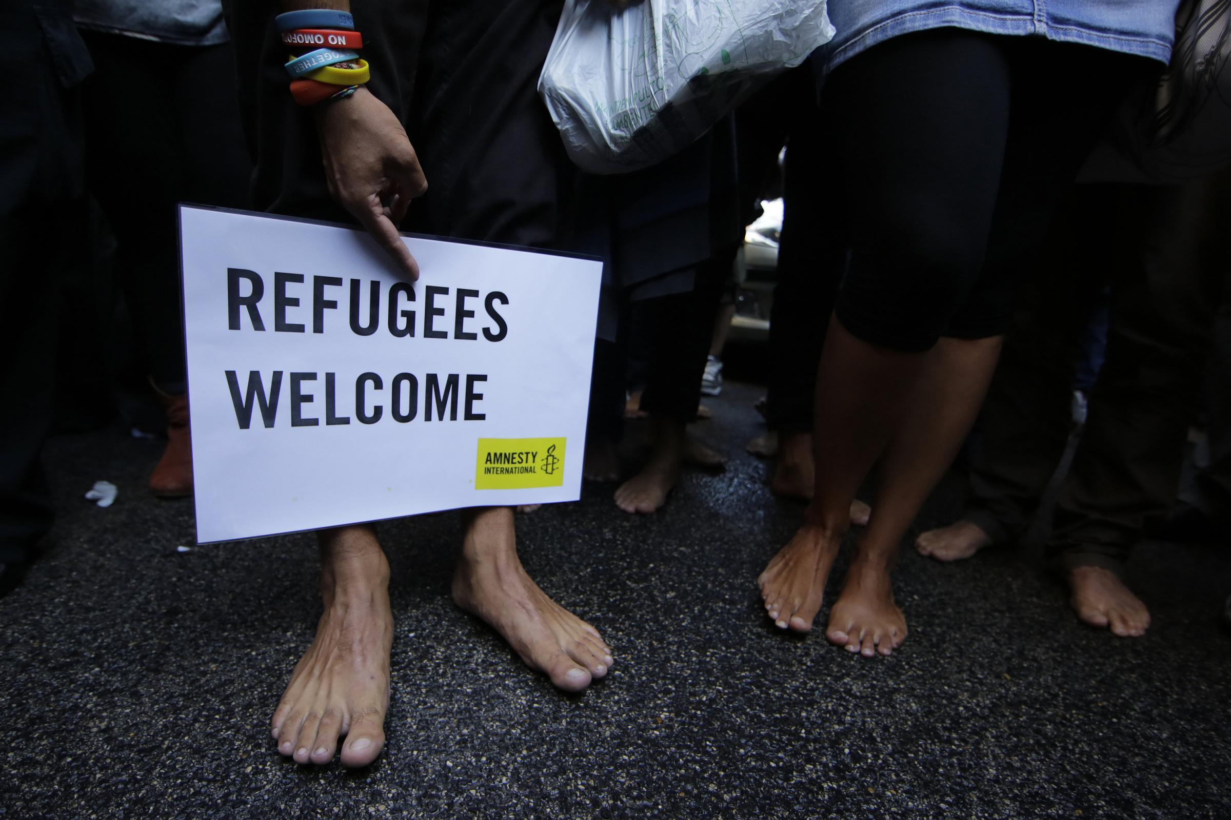 Airbnb e Linkedin insieme per aiutare i migranti