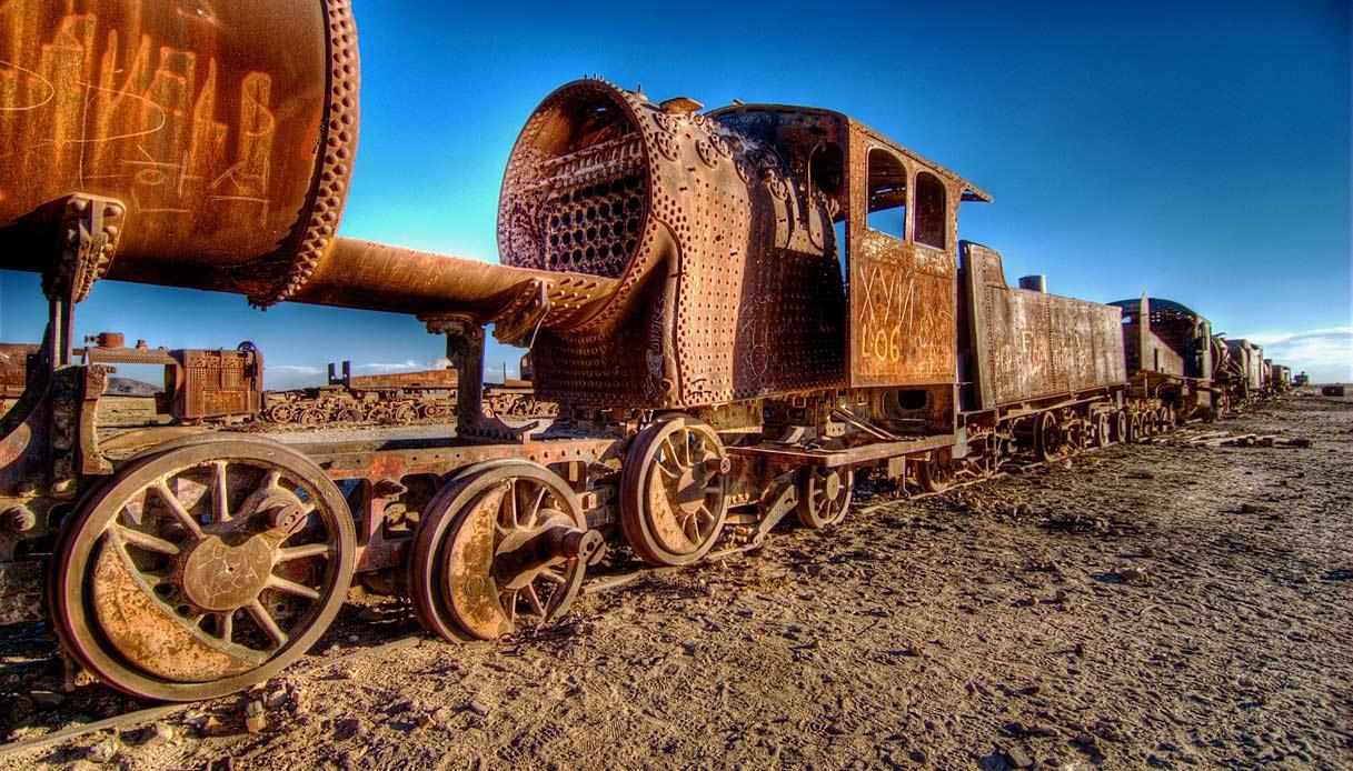 Bolivia: ecco il cimitero dei treni.