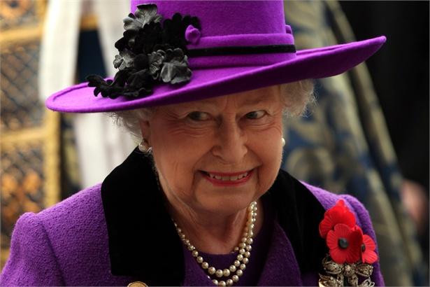 Quali sono i poteri della regina inglese