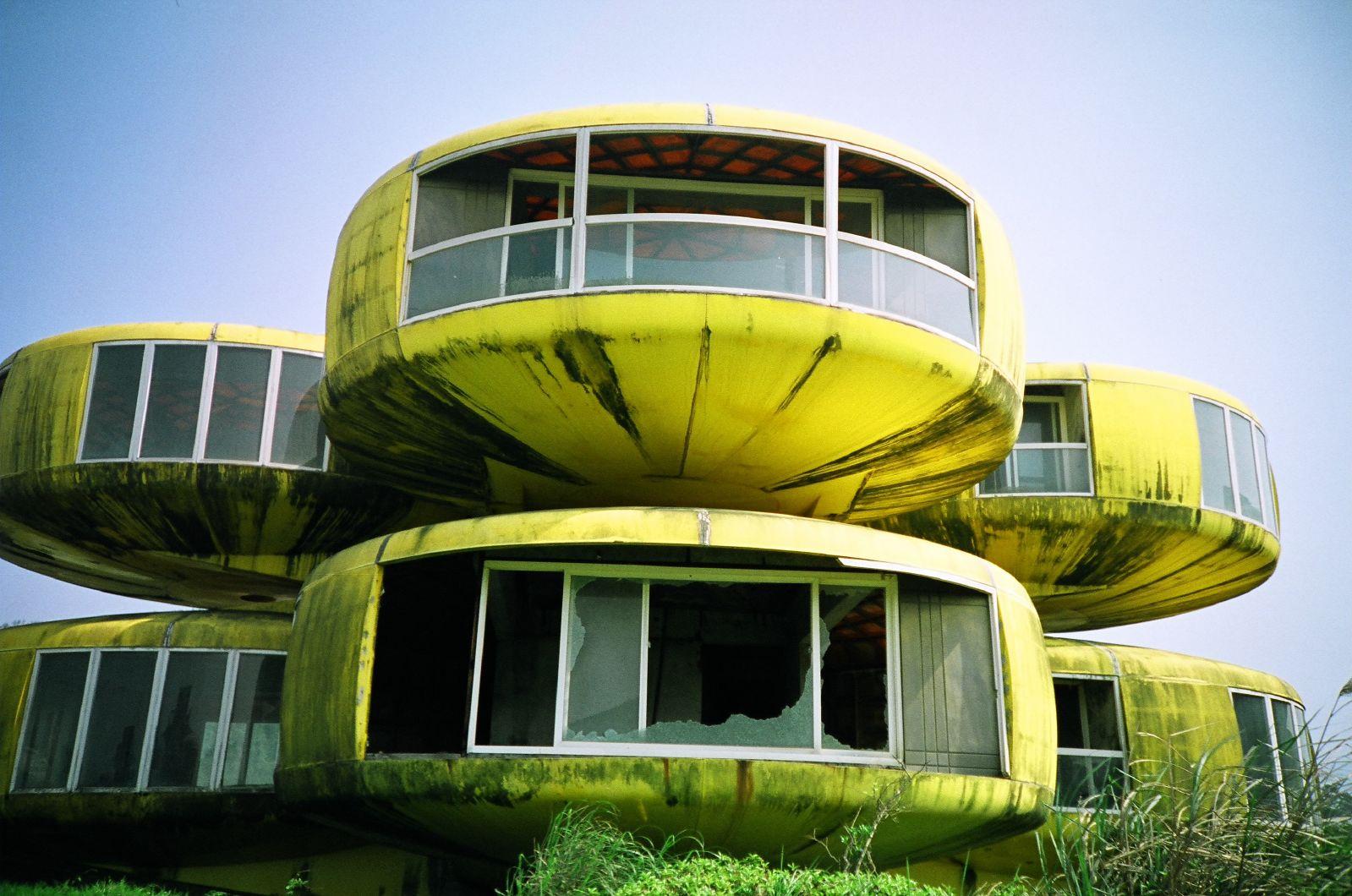 Sanzhi, il villaggio alieno sulla costa di Taiwan