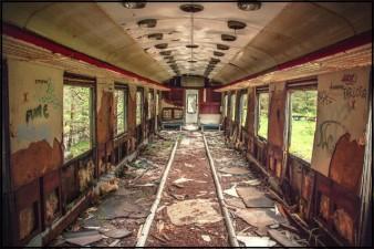 luoghi abbandonati Canfranc_Fachada_2011 7