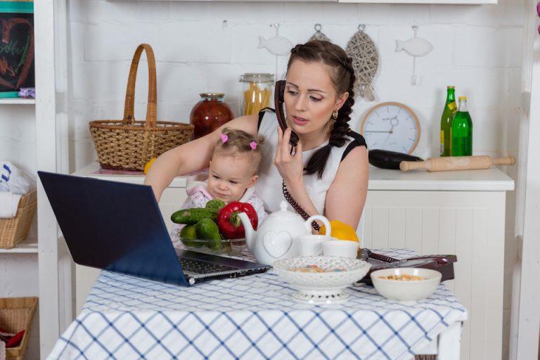 donne che lavorano