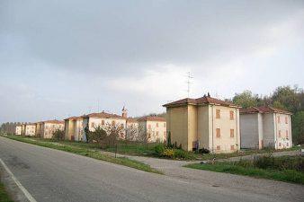 Brusaschetto Basso e le sue case murate.