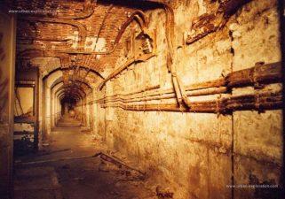 I sotterranei del castello. Qui meno gente ha il coraggio di avventurarsi.