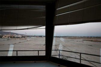 Dentro la torre. Nessun aereo è più autorizzato ad atterrare.