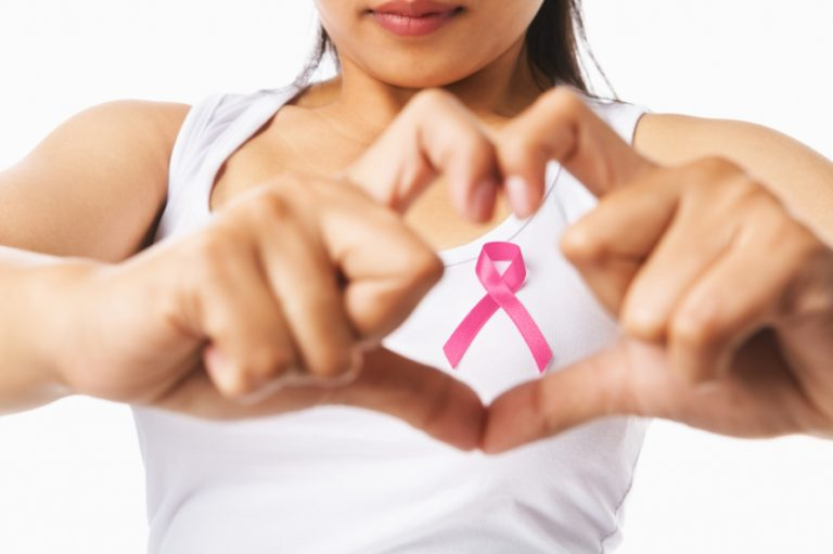 Tumore al seno: prolungare la cura ormonale riduce il rischio di ricomparsa