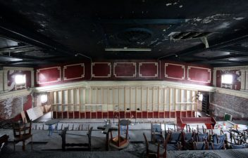abandoned-sheffield-adelphi-cinema-attercliffe-2