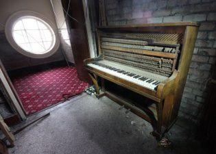 abandoned sheffield adelphi cinema attercliffe 4