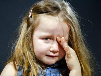 bambina-piange-paura