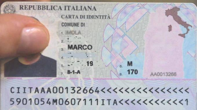 Come fare carta identit elettronica for Numero permesso di soggiorno