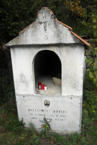 Tomba di Davide Reneuzzi
