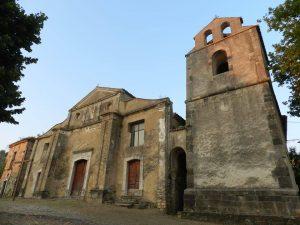 La chiesa del paese.