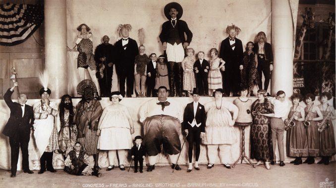 Circo ottocentesco: le inquietanti foto