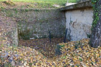 La fonte della Docciola, di cui restano giusto le mura.