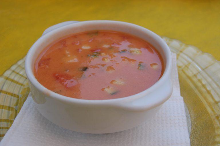 Ingredienti per fare gazpacho: ricetta spagnola