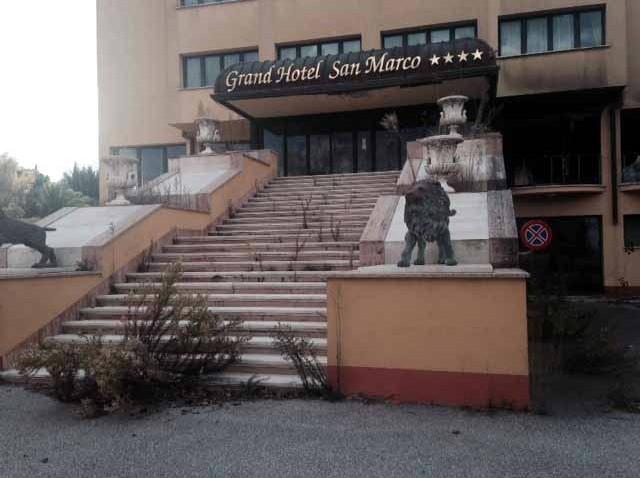Grand-Hotel-San-Marco_Entrata-640x478