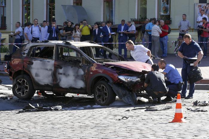 Ucraina: esplode auto, ucciso giornalista