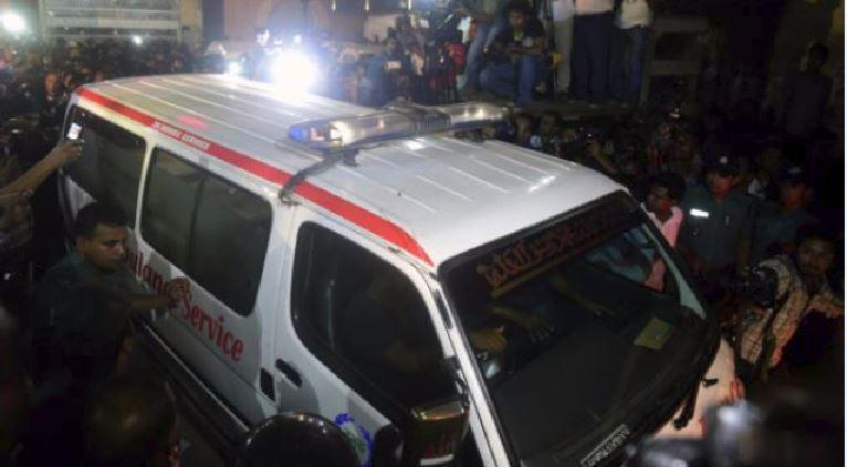 Dacca, terminato l'assedio nella caffetteria: uccisi 20 ostaggi e 6 terroristi