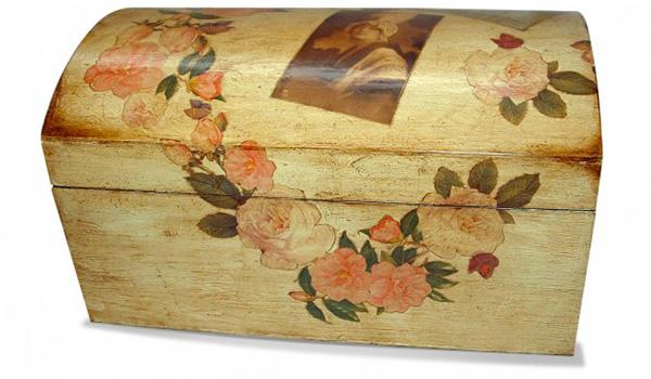 Decoupage su legno come farlo se laccato o grezzo - Decoupage su mobili in legno ...