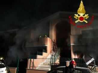 esplosione nella villetta