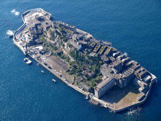 Hashima: la città abbandonata sulla via del recupero
