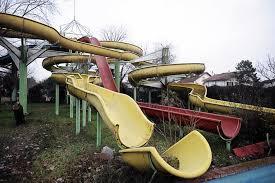 scivolo abbandonato aquaria park