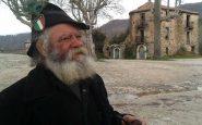 Giuseppe, il custode del paese abbandonato.