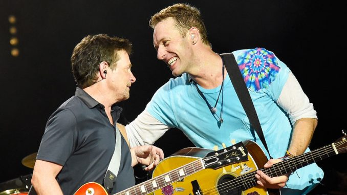 Michael J.Fox suona con i Coldplay