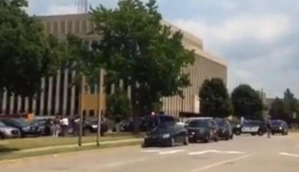 Michigan sparatoria in tribunale, 3 morti COMMENTA