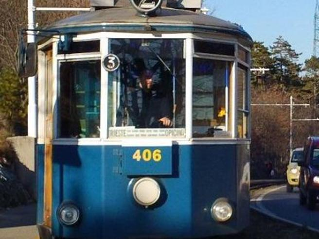 8 persone ferite in uno scontro tra due tram a Trieste nella giornata di ieri
