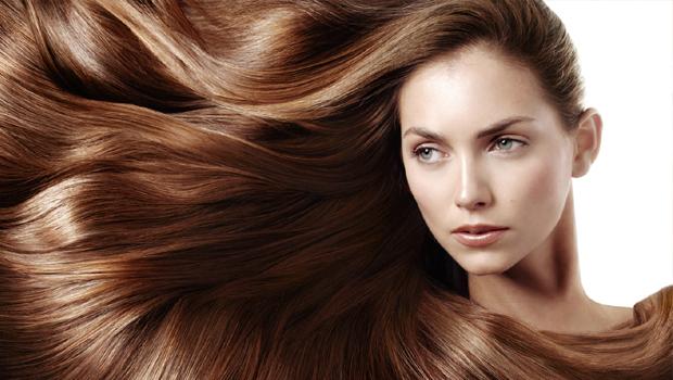 Che cos'è il trattamento acido ialuronico per capelli