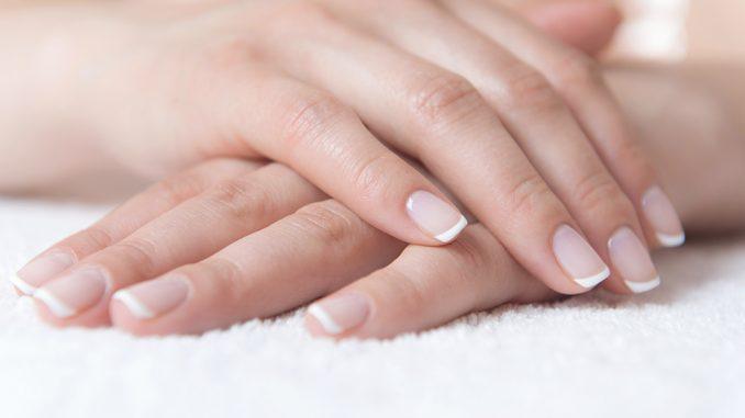Forme per unghie naturali lunghe