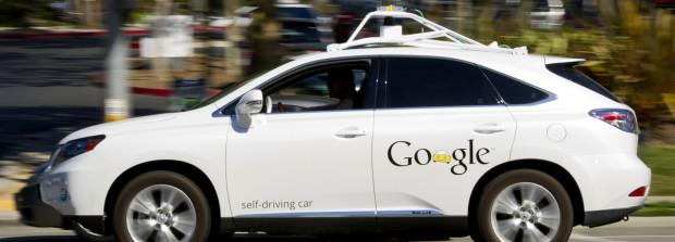http://www.notizie.it/wp-content/uploads/2016/08/Google-self-driving-car-.jpg