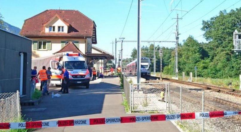 Svizzera, 27enne ferisce 6 persone sul treno