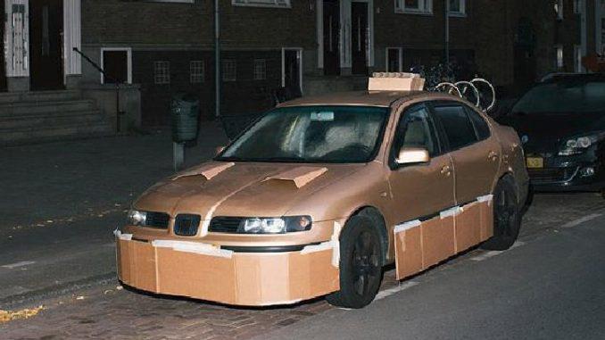 auto modificate col cartone