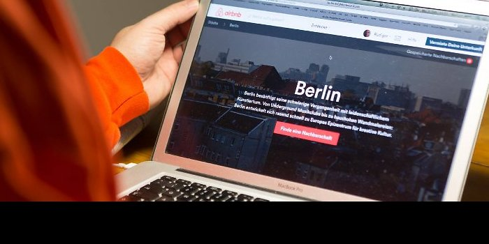 http://www.notizie.it/wp-content/uploads/2016/08/berlino-e-airbnb.jpg