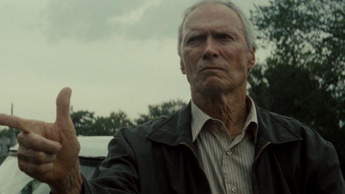 Clint Eastwood difende le osservazioni razziste di Trump