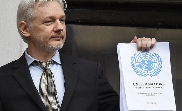 hillary clinton assange
