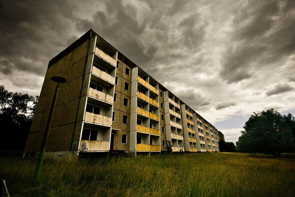 luoghi-abbandonati-a-berlino-villaggio-olimpico-Elstal-1024x683