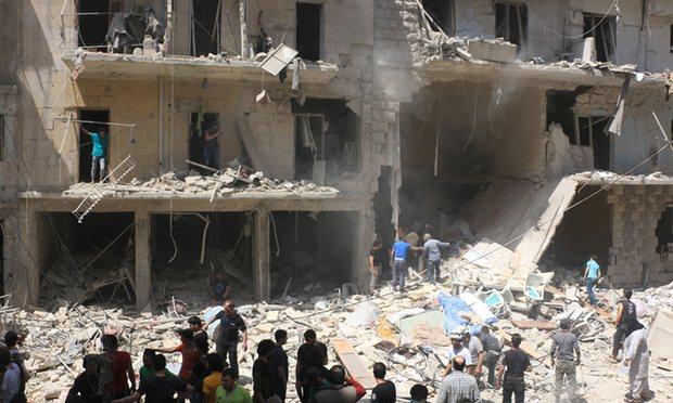 Il video del bambino salvato dalle macerie ad Aleppo