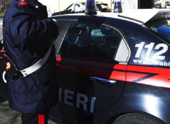 Capua, proiettili colpiscono bimba di 3 anni. Indagano Carabinieri