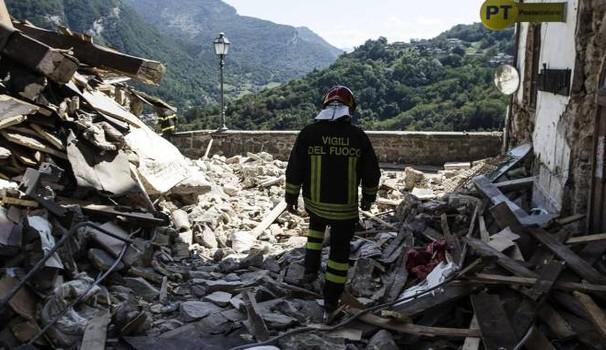 terremoto centro italia funerali