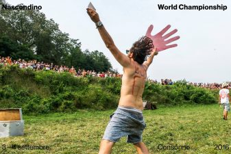 Su le mani per i campioni!