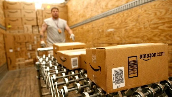 Amazon assume 300 Addetti al confezionamento nel settore logistica